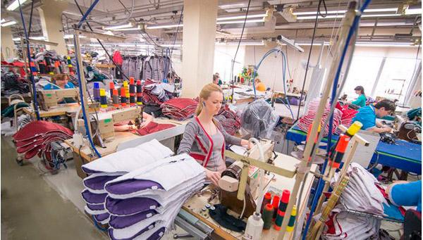 3362a6fa9 У нас есть оборудование для пошива любой мужской, женской и детской одежды.
